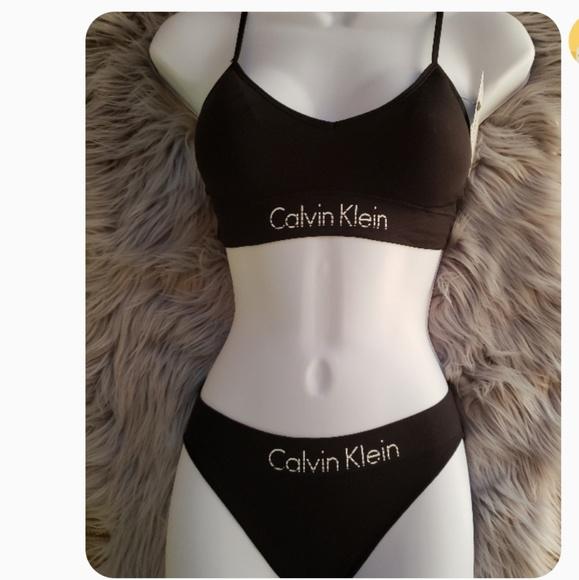 d0076b1a42 Brand New Calvin Klein Bralette   Panty Set